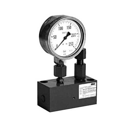 Schmierstofffiltereinheit mit Manometer und DBV